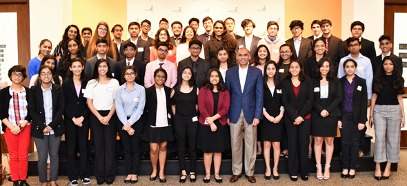 YLDP Houston students with Bhavesh Patel, CEO LyondellBasell.