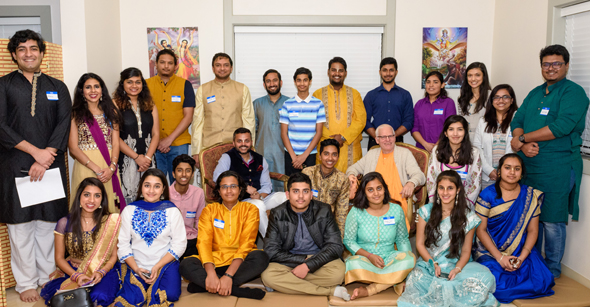 Youth picture with Swami Rtatdvaja and Swapnil Agarwal.
