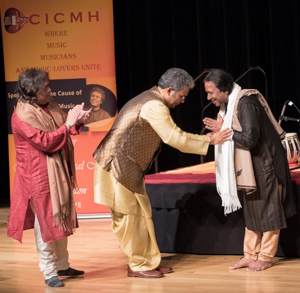 Pt. Suman Ghosh felicitates Ustad-ji