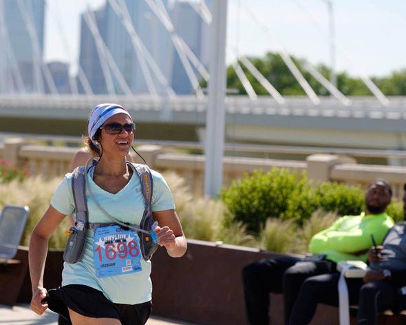 Shuchi Desai ran a half-marathon while 5 months pregnant