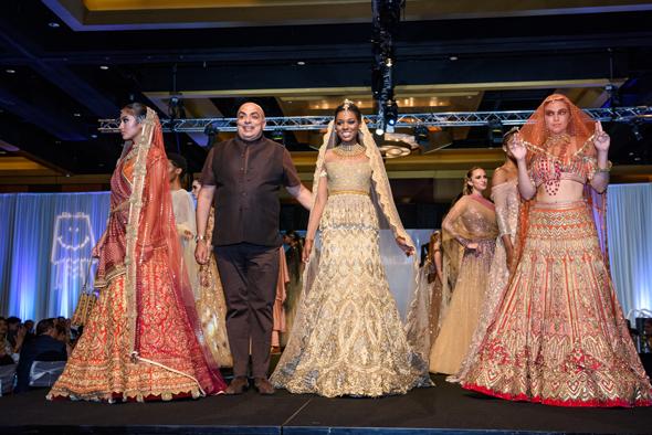 Designer Tarun Tahiliani with models.