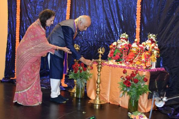 Gajapati and Maharani Leelabati make a devotional offering to the deities at a reception at India House on May 20.