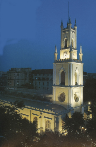 St. Thomas' Cathedral was built at the geographic center of Bombay three hundred years ago.