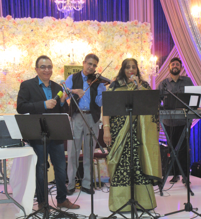 The entertainers (from left), Imtiaz Munshi, Azim Khan, Uma Mantravadi and Kamal Hajji did a 75 minute set of songs.