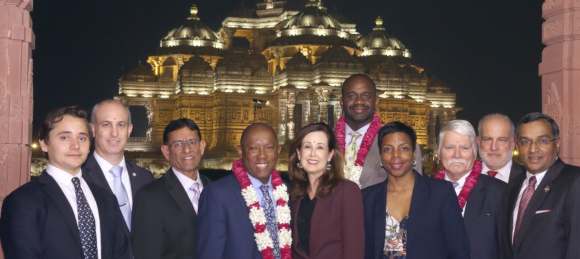Mayor of Houston Sylvester Turner along with Council Members Jerry Davis and Jack Christie, Hasu Patel, Sanjay Ramabhadran and other community leaders visited Akshardam Temple in Delhi.