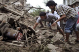Nepal Earthquake: Search for Survivors as Aftershocks Rattle Kathmandu