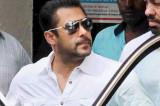 Salman Khan back home after getting bail, jubilant fans celebrate