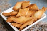Mama's Punjabi Recipes: Shakkar Parre (Fried Sugary Flour Sticks)