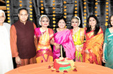 Sisters Anoushka, Ananya Gokhale Show Tremendous Poise, Symmetry in Their Bharatnatyam Arrangetram