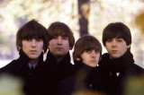 Over 300 unseen photos of 'The Beatles' fetch 253,200 pounds at auction