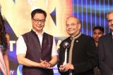 "Dr. Manu Vora Receives ""NRI of the Year Award 2018"" for Philanthropy"