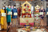 Meenakshi Temple Celebrates Diwali with Covid-19 Precautions
