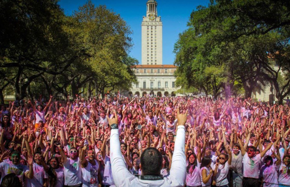 Holi Festival at University of Texas at Austin with over 6000 students and faculty in attendance.              Photo: Kevin Li