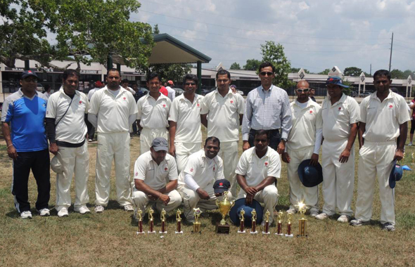 TCC Spring 2013 runners up SLCC with chief guest Natraja Rao.