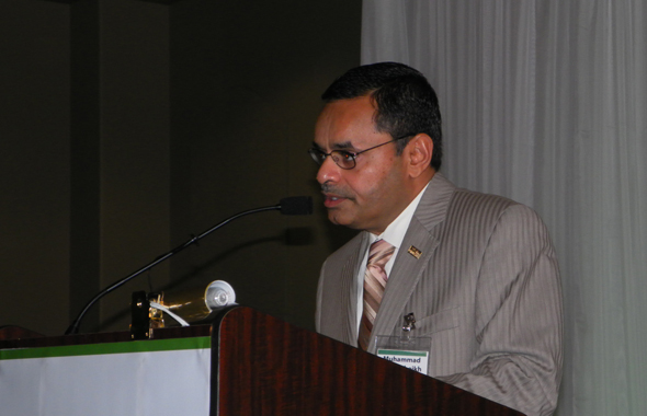Mohammed Saeed Sheikh, Chairman of the Houston Iftar Organizing Committee made the welcome remarks.