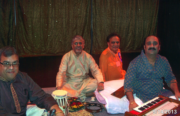 Ghazal Singer Atul Brahmbhatt (right) who flew in from India.
