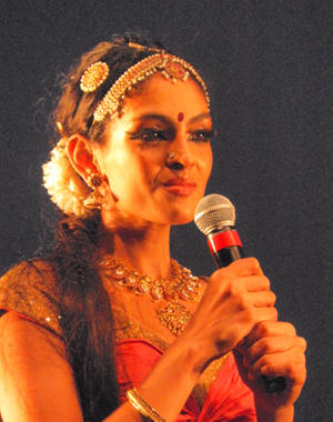 "The dancer and choreographer of the dance ""Prabhavati"", Rukmini Vijayakumar  introduced the cast after the end of the performance."