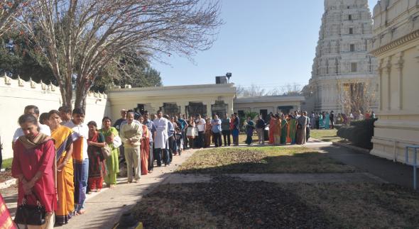 Devotees waiting to enter Swarga Vaasal        Photo: M.K. Sriram
