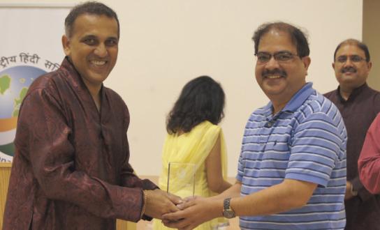 Swapan Dhairyawan (left) with Pramod Bengani.              Photos: Sanjay Sohoni