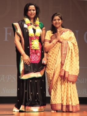 Keynote speaker Arpita Bhandari with BAPS volunteer.