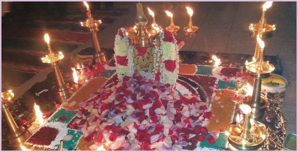 Bhagavathi Seva, Invoking the Devi in the form of lamp at Sri MTS.
