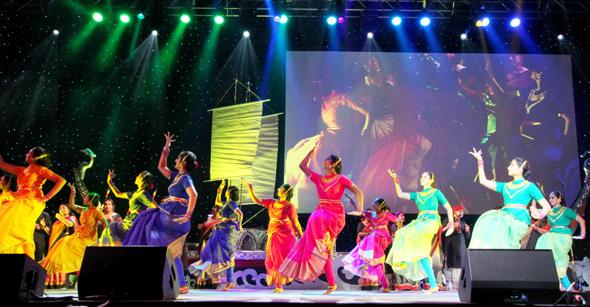 Opening ceremony dance 4in