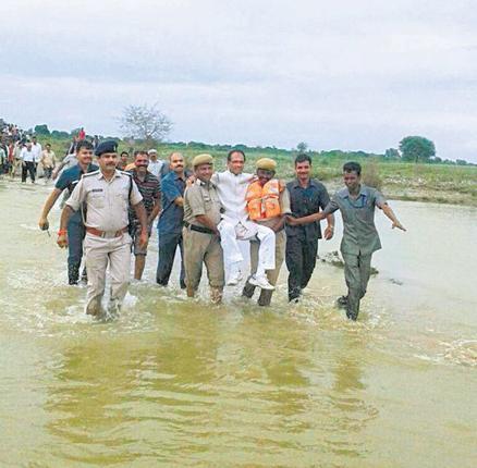 Floods_2981297g