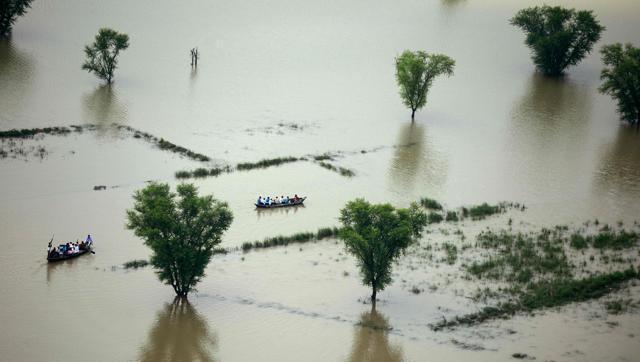 india-weather-monsoon-flood_0c5a5e68-6b89-11e6-8382-bd2fa398f652