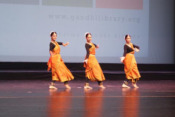 Gandhilibrary-in-3