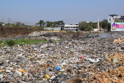 Bengaluru's population surge has placed huge pressure on its municipality which has failed to cope with the accompanying rise in waste volumes. Photo: Ruben Banerjee/Mint