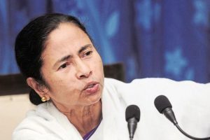 Mamata Banerjee has asked President Pranab Mukherjee to act as the constitutional head of the country and save the public from demonetisation. Photo:Indranil Bhoumik/Mint