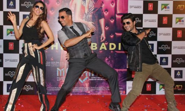 Akshay-Kumar-to-launch-the-new-version-of-Tu-Cheez-Badi-Hai-Mast-2