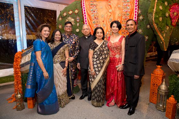 From left: Bonna Kol(Asia Society Texas Center President), Jugal and Raj Malani, Dr. Durga and Sushila Agrawal, Dr. Renu and Suresh Khator.