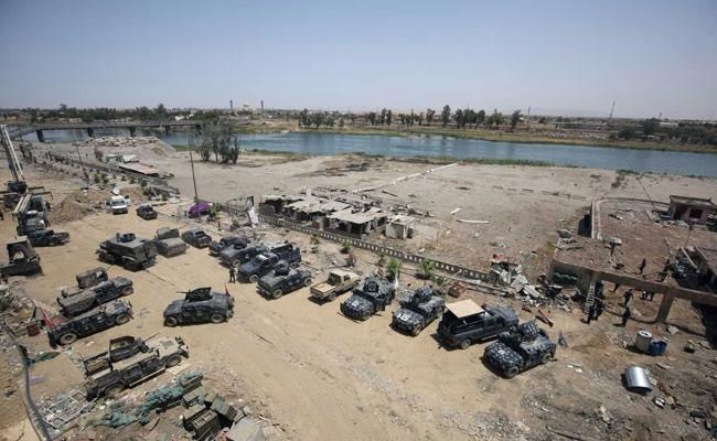 SIS's dominion in Iraq will be reduced to mainly rural, desert areas west and south of the city. (AFP)