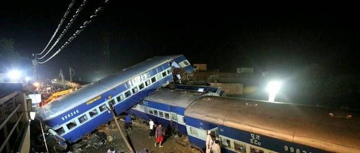 Utkal Express derailment: At least 22 passengers were dead and over 150 injured when 14coaches of the Puri-Haridwar Kalinga Utkal Express derailed in Muzaffarnagar. (Express photo by Praveen Khanna)