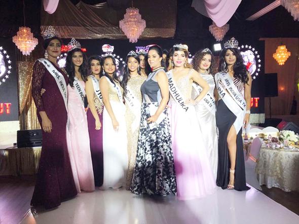 Abiya Olivia Malhotra (center) with the finalists & winners.