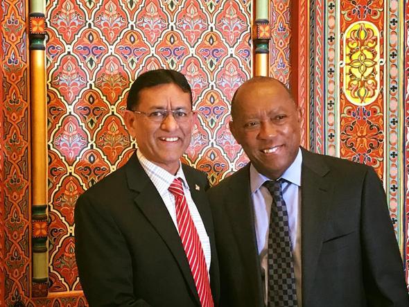 SIMA President Hasu Patel with Mayor Sylvester Turner.