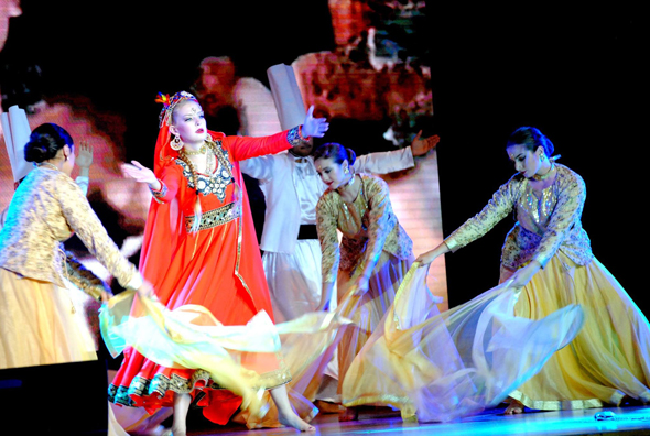 A dance sequence from the show featuring Taylor High Schools dancers. Photo: Jasleen Kaur