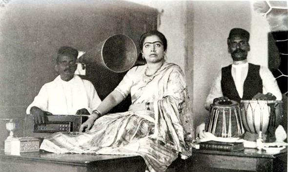 Gauhar Jaan and her musicians in a recording studio. Credit: Saregama.