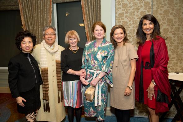 Honorees Sylvia & Gordon Quan ( left), Nancy Allen, Chevron's Joni Baird, Asia Society Texas Center president Bonna Kol, Co-chair Sultana Mangalji. Photos: Jenni Antill