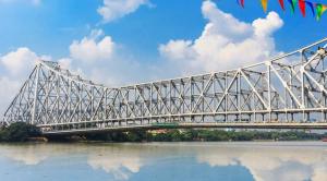 The iconic Howrah Bridge in Kolkata is the sixth longest bridge of its kind in the world. (Source: Pixabay)