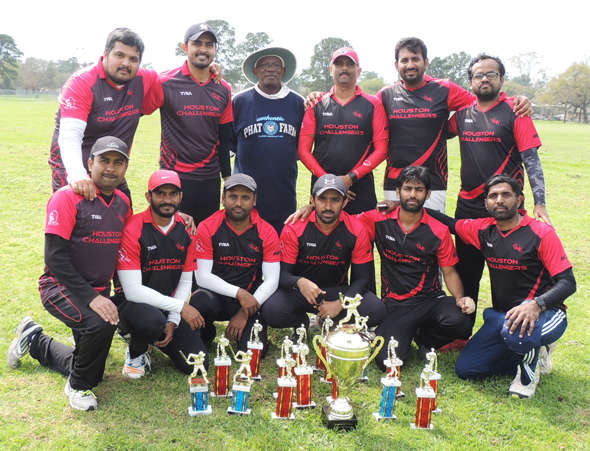 Winners HCCC with Chief Guest Tony