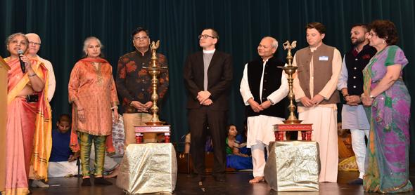 From left: Dr. Hansa Medley,Swami Rtatdvaja, Kiran Bhutada, Jugal Malani, Gregerty Haan, Subhash Gupta, Joseph Emmett, Swapnil Agarwal, Sushma Mahajan. Photos: Bijay Dixit Videographer: Namananda Das