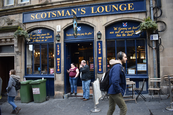 The Scottish Arms has some quaint sayings painted on its façade