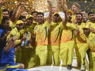 Chennai Super Kings players celebrate with the IPL 2018 trophy.