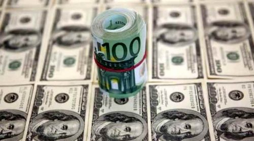 India's forex reserves fall to over 7-month low at 2.7 billion