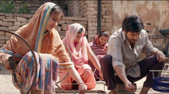 Sui Dhaaga delivers exactly what it promises.